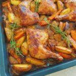 עוף בתנור עם תפוח אדמה וגזר