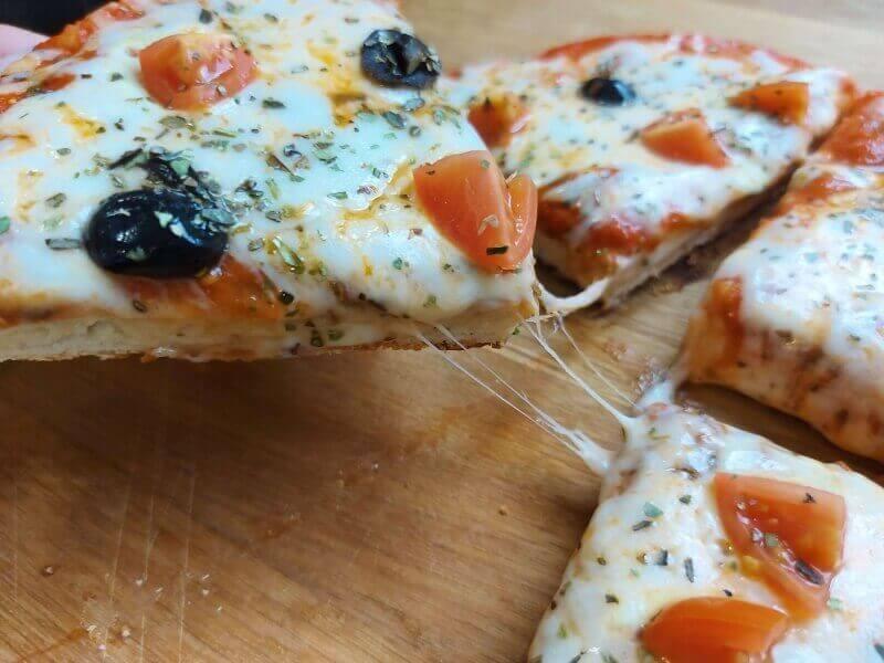 פיצה ביתית במחבת
